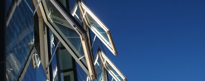 Ottawa windows for businesses need to offer a variety of advantages - which is exactly what awning windows do!